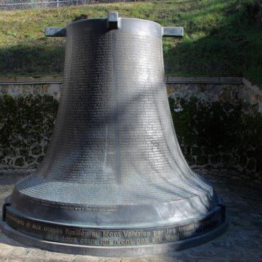 Le monument en hommage aux fusillés - Mont Valérien
