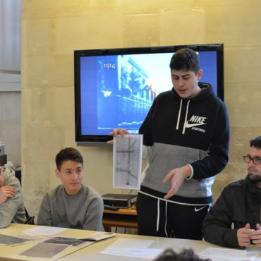 Lorenzo présente les travaux de son groupe sur l'affaire Dreyfus