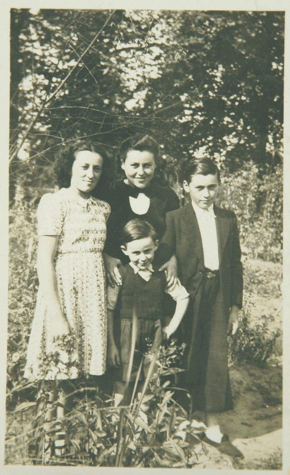 Famille Reinisch: A gauche, Rosa - Au centre, Suzanne - En bas, Maurice - A droite, Félix